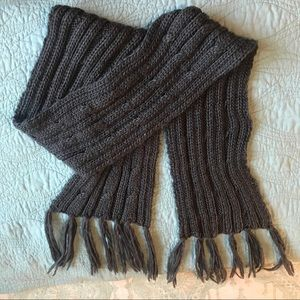 FREE H&M gray thick cabled scarf or wrap w/ fringe